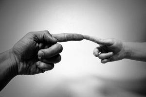 Kontakty z dzieckiem – rodzaje orzeczeń wydawanych przez sądy